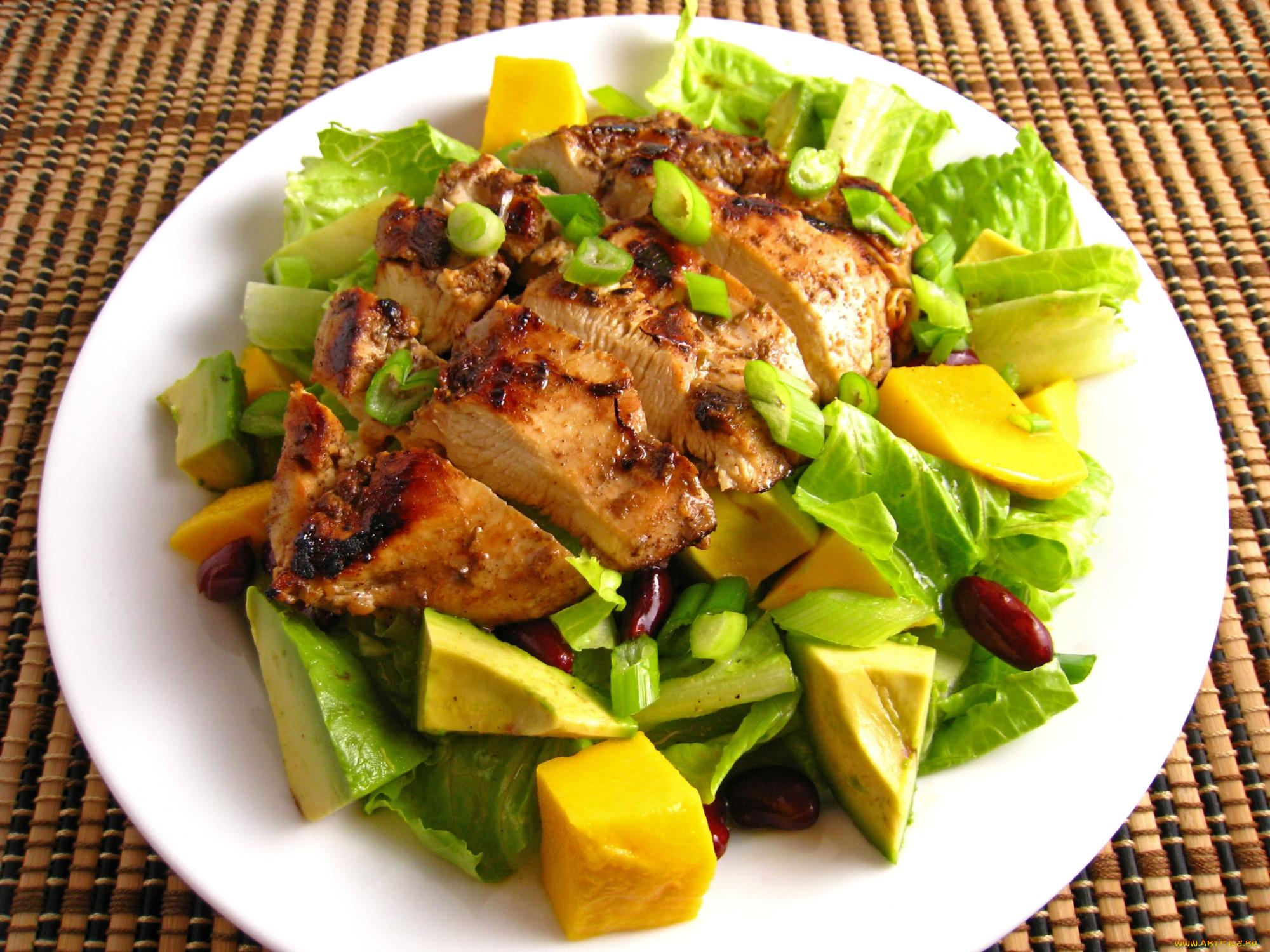 Салат из мяса курицы орех и черносливом